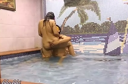 Indian Bhabhi Mona Sex In A Swimming Come together