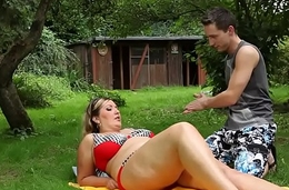 Alfresco bikini plumper facesitting before bj