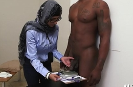 Big milk sacks of arab bitch get vacant